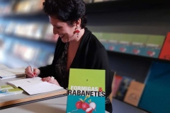 bast-lanc-Formigas-e-Rabanetes_01